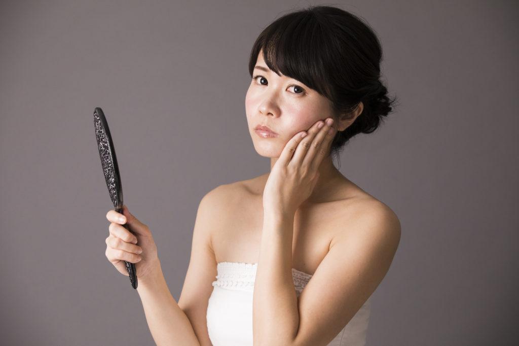 「黄ぐすみ」は肌の糖化が原因!そのメカニズムとケア方法を解説